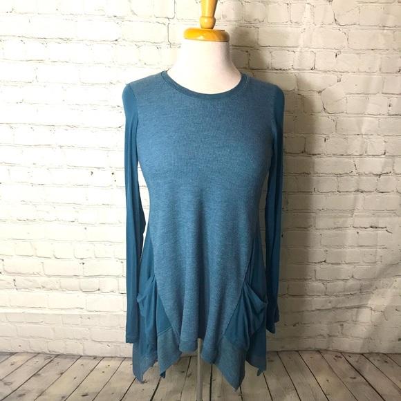 LOGO Lori Goldstein teal blue tunic